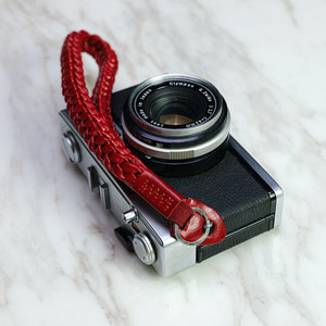 Barton1972 Leather Wrist Strap Braidy - Passion Red